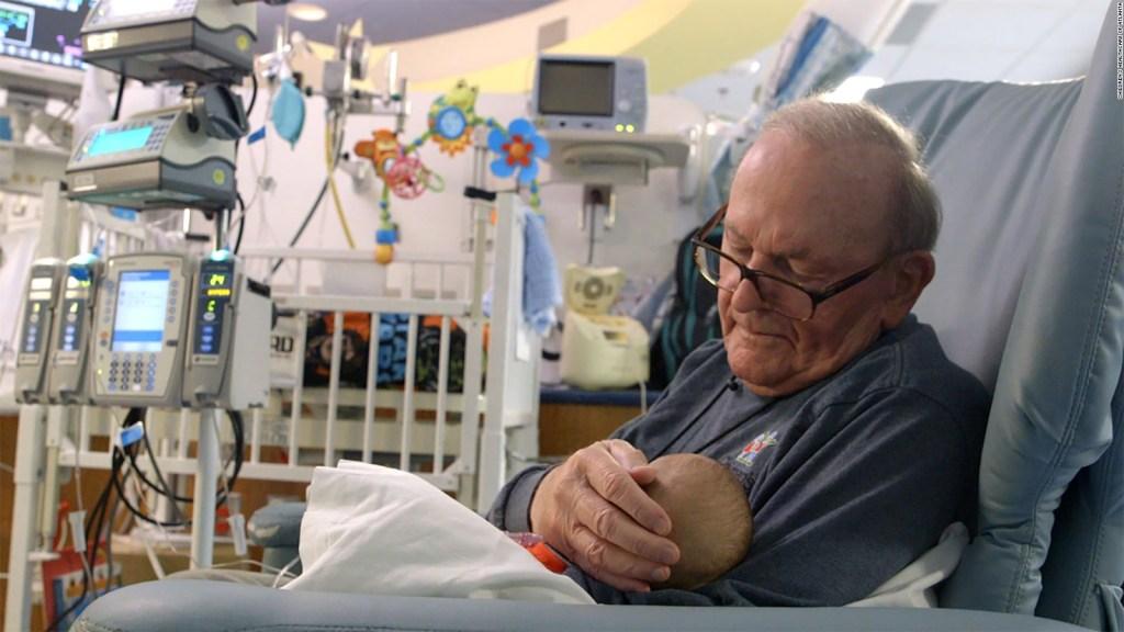 Fallece hombre que cuidaba bebés enfermos en un hospital