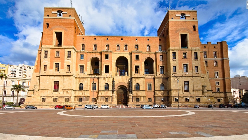 ¿Por qué están vendiendo casas en Italia por un Euro?