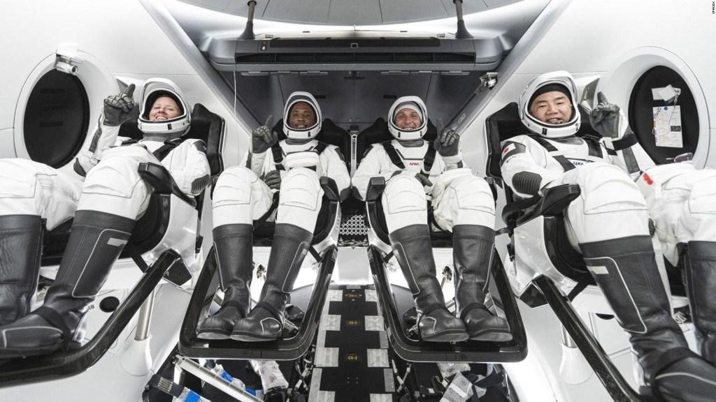 Esta es la tripulación histórica de Crew-1