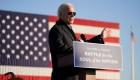 Biden busca abrirse paso en estados competidos