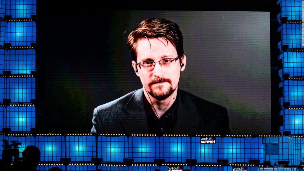 Edward Snowden solicita ciudadanía rusa