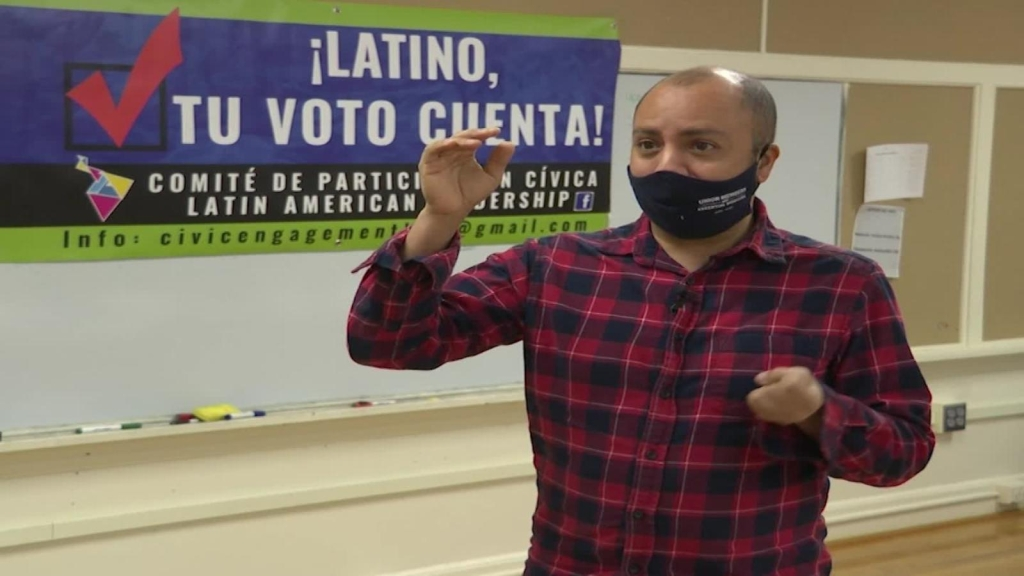 Hispanos en Carolina del Norte hacen último llamado a votar