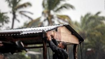 El violento huracán Eta tocará tierra en cuestión de horas