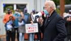 El dinero no determina la riqueza que posees, dice Biden