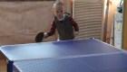 Pequeño que juega ping-pong causa furor en las redes