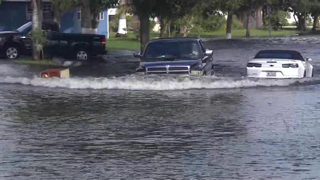Eta causa inundaciones en el sur de la Florida