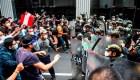 Protestan en Perú por la destitución de Martín Vizcarra
