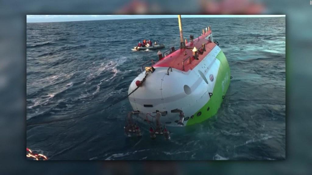 China bate su propio récord de inmersión tripulada
