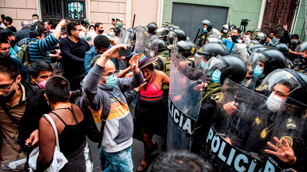 Protestas en Perú contra la presidencia de Merino