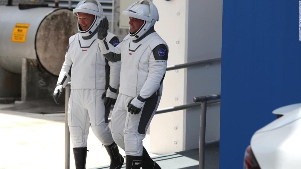 Autorizar el primer sistema para viajes espaciales comerciales