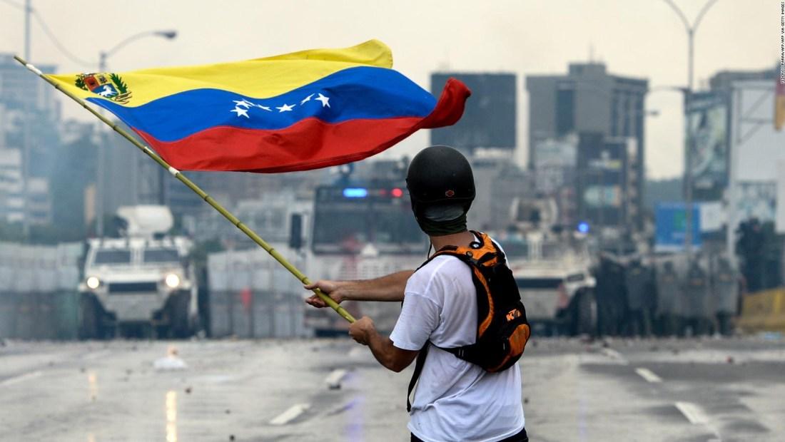 Jorge Sigal: para ser libre hay que desprenderse del fanatismo
