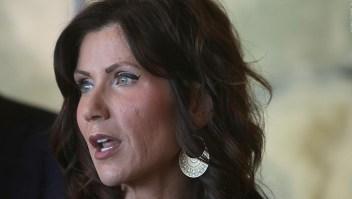 Gobernadora de Dakota del Sur evita tomar medidas de prevención contra el covid-19
