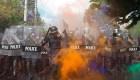5 cosas: Reprimen protestas en Bangkok y más