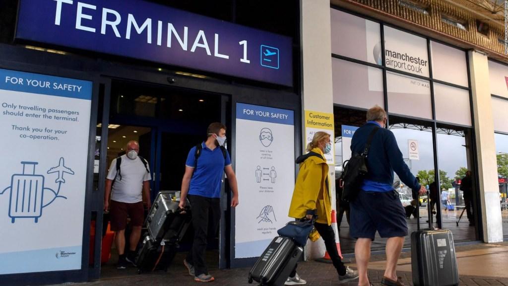 Revelan impacto de la población en emisiones por viajes en avión