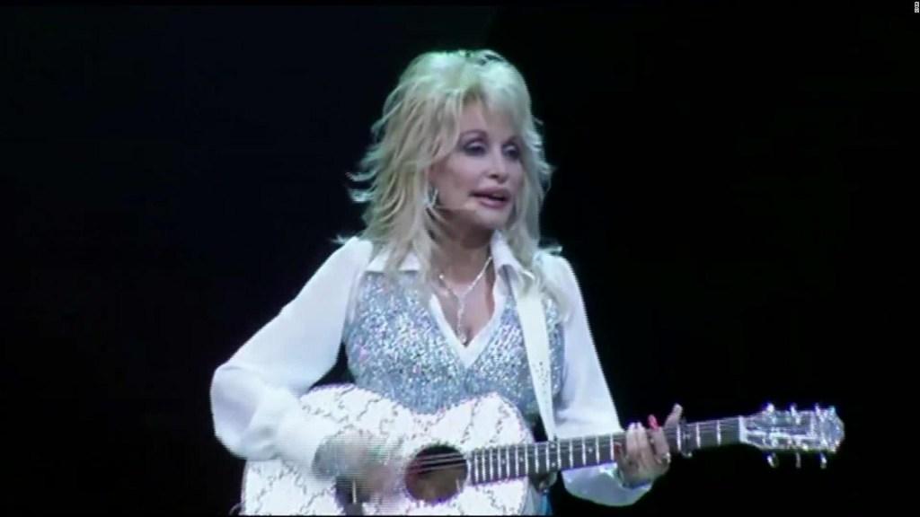 Dolly Parton y su gran ayuda contra el covid-19
