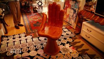 """Muebles """"irracionales"""" de Pedro Friedeberg, el hombre detrás de su creación"""