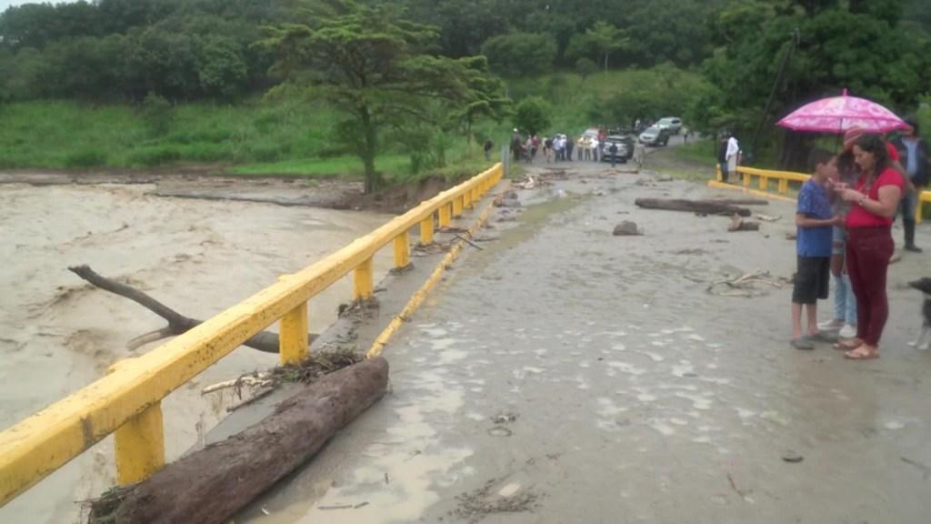 Honduras en alerta roja, hay más de 73.000 damnificados