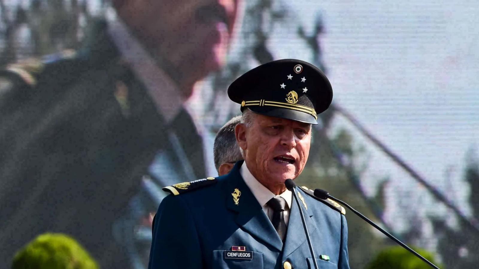 López Obrador dice que «no hay elementos para juzgar a Cienfuegos» y que en el país debe «terminarse la impunidad, la corrupción»