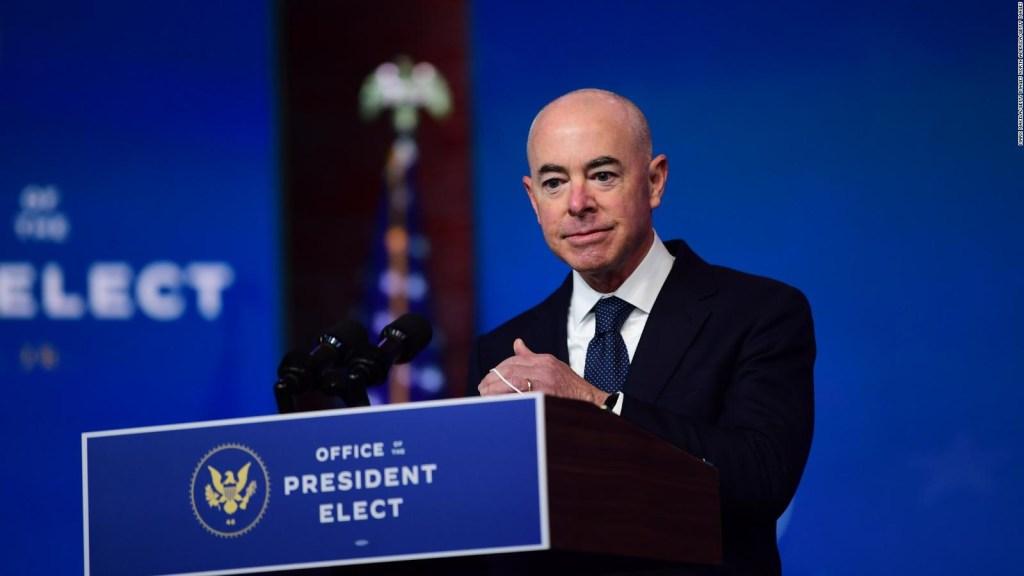 Mayorkas, elegido por Biden en Seguridad Nacional de EE.UU.