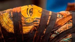 Nueva técnica permite investigar el interior de una momia