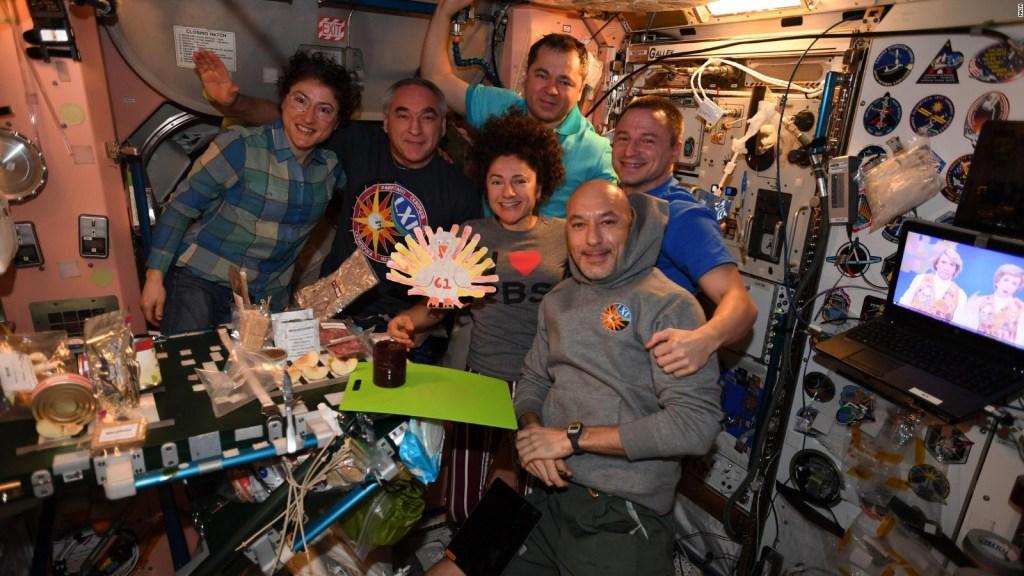 Así celebran el Día de Acción de Gracias desde el espacio