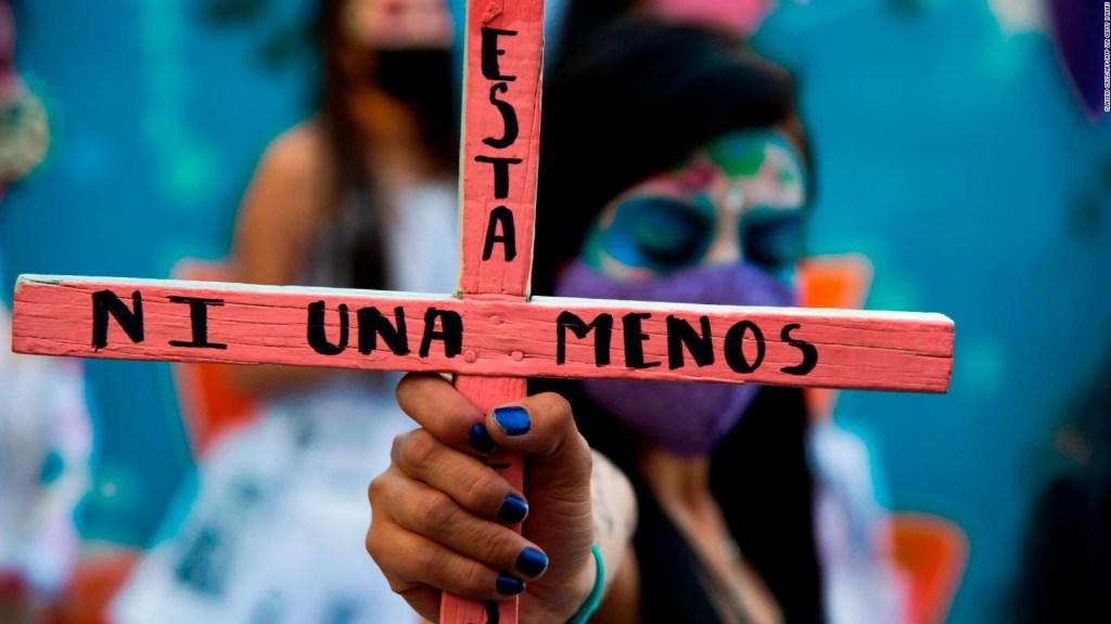 704 feminicidios en México en 2020