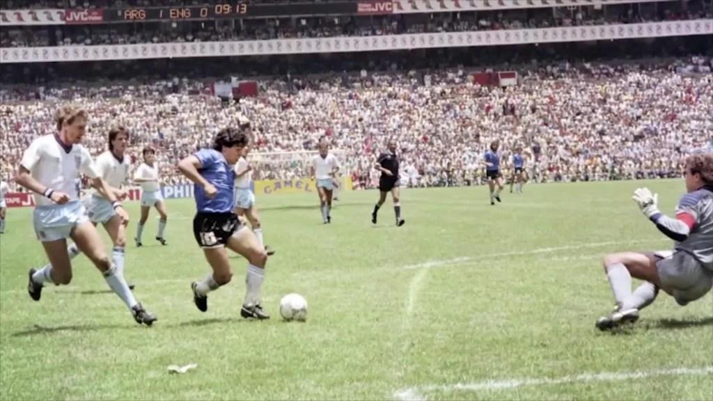 """Mónica Maristain sobre Maradona: """"Perdimos a alguien esencial para lo que somos"""""""