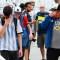 Último adiós de los fanáticos de Maradona en el velorio