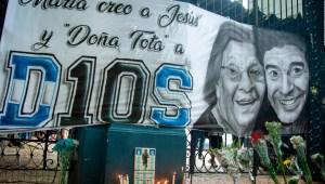 Maradona habla con su mamá en México 86