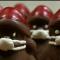 Pastelero adapta sus postres de Papá Noel a la pandemia