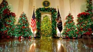 62 árboles, en última navidad de Trump en la Casa Blanca