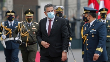 The head of the Peruvian Congress, Manuel Merino, receives military honours upon his arrival on November 10, 2020 at the Congress in Lima, where he will be sworn in a day after the Congress voted to impeach and oust President Martin Vizcarra over corruption allegations. - Merino, 59, will be sworn in at a special session of Congress on Tuesday, becoming Peru's third president since 2016, reflecting the institutional fragility which has characterized the South American country since independence from Spain in 1821. (Photo by Luka GONZALES / AFP) (Photo by LUKA GONZALES/AFP via Getty Images)