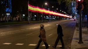 España despliega estrategia de vacunación, creando 15 grupos poblacionales