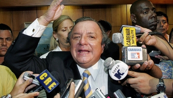 "Alvaro Noboa Guayaquil, ECUADOR: Ecuadorean presidential candidate and banana magnate Alvaro Noboa gestures during a press conference 26 November, 2006, in Guayaquil, province of Guayas, during general elections. Noboa on Sunday dismissed exit polls showing his leftist rival, Rafael Correa, won Ecuador's run-off presidential election. Asked if he would recognize the official outcome if it confirms his rival's victory, Noboa said: ""Once everything is cleared up and if I am convinced, I will recognize it, otherwise, I won't recognize it"". AFP PHOTO/Mauricio DUENAS (Photo credit should read MAURICIO DUENAS/AFP via Getty Images)"
