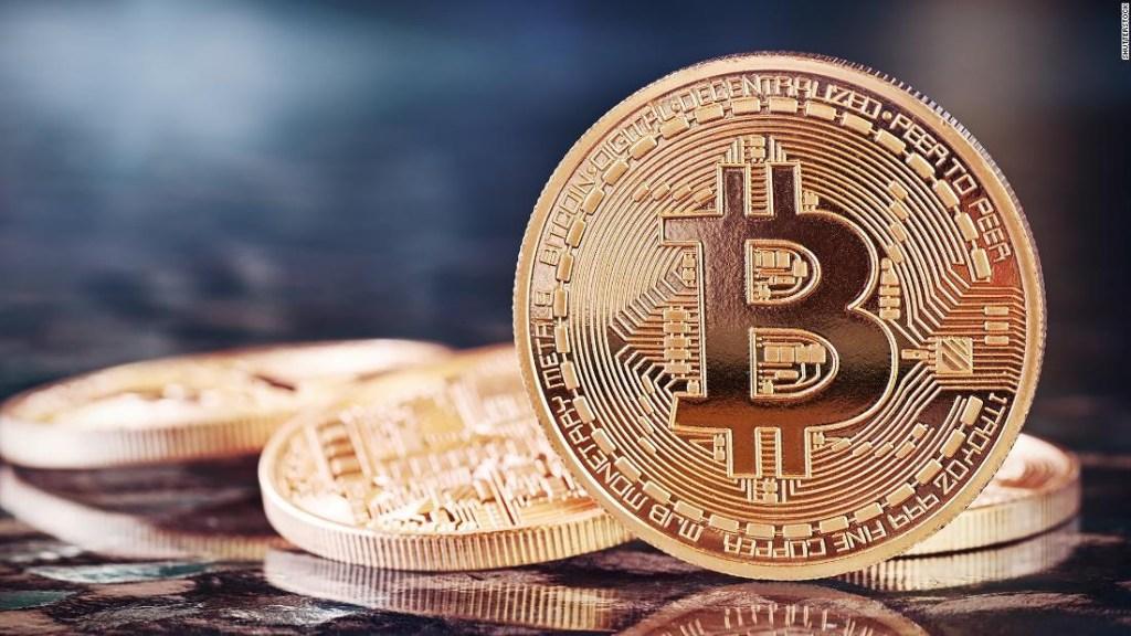 ¿Qué es el bitcoin y cómo funciona?