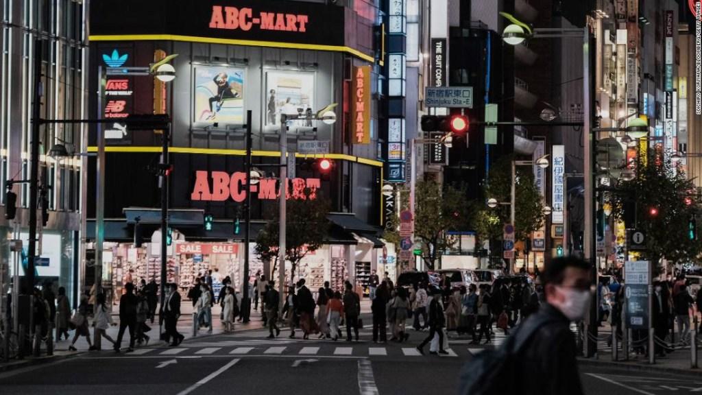 En Japón, más personas murieron por suicidio el mes pasado que por covid en todo 2020. Y las mujeres han sido las más afectadas. ¿Por qué?