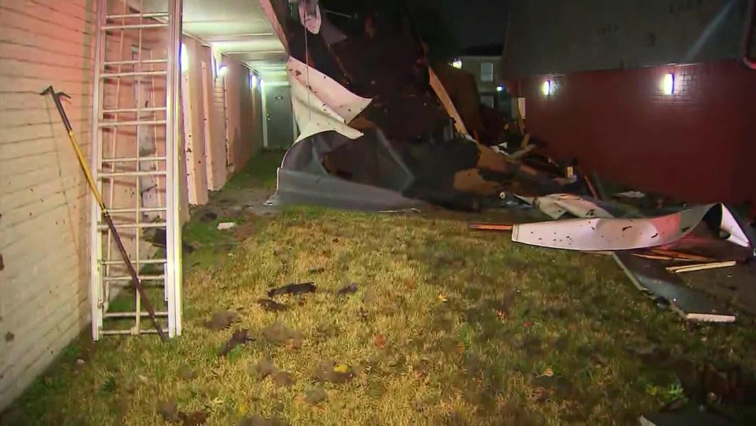 Edificio colapsa por tormentas en Texas