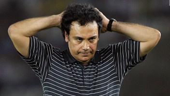 ¿Hugo Sánchez traería suerte al Cruz Azul?