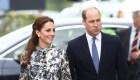 Acusan a realeza británica de no respetar restricciones
