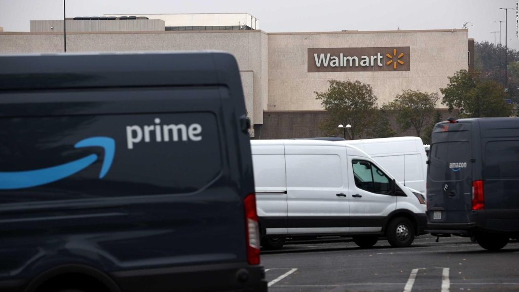 Walmart + se ajusta para ganar la carrera contra Amazon