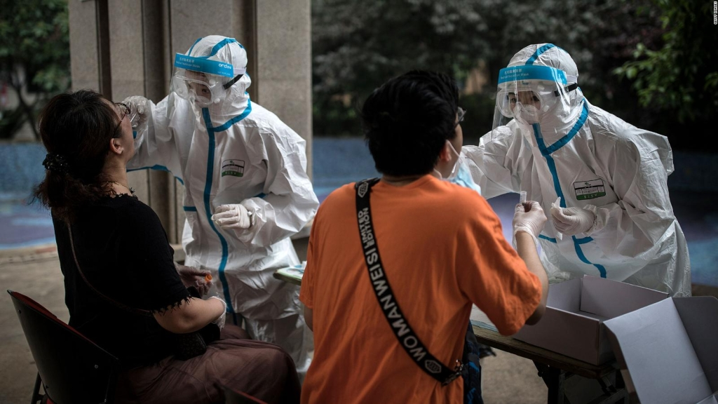 Wuhan habría tenido casi medio millón de contagios