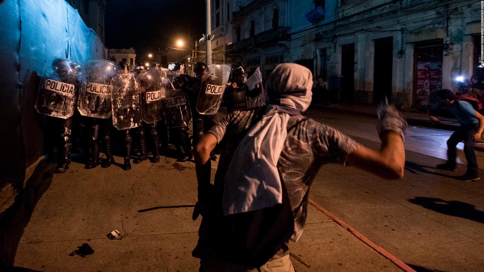 Guatemala: manifestantes amplían demandas en tercer fin de semana de protestas | Video | CNN