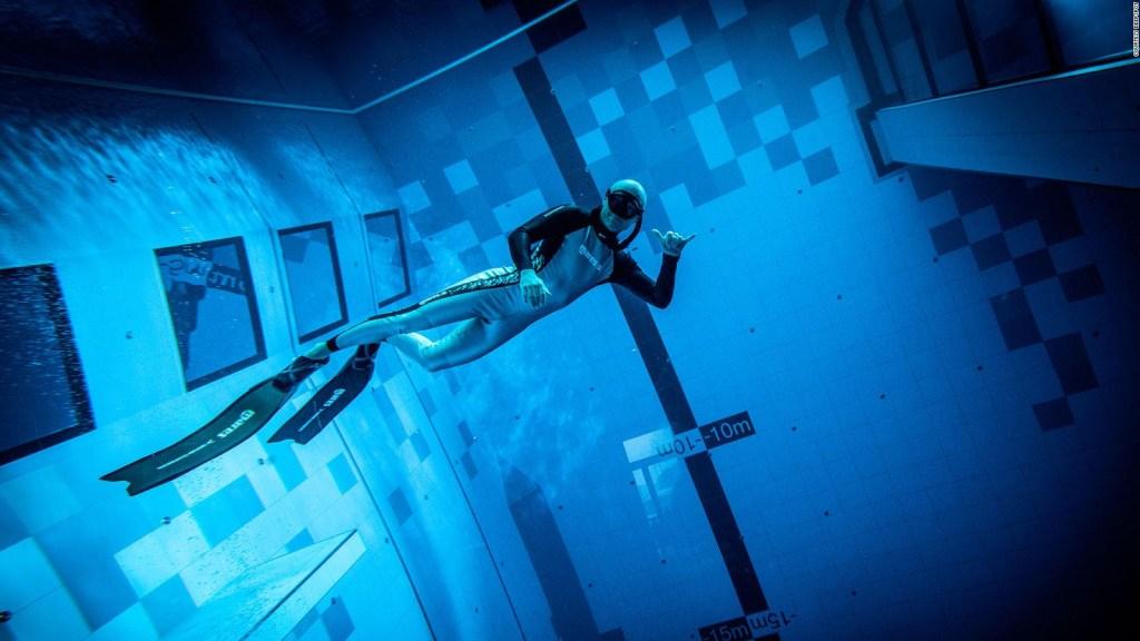Sumérgete en una de las piscinas más profundas del mundo