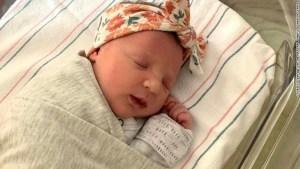 Nace bebé de embrión que fue congelado durante 27 años