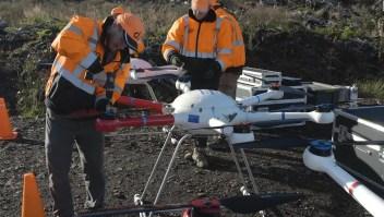 Usan drones para reforestar bosques arrasados por el fuego