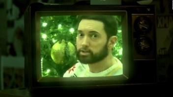 """Eminem hace aparición sorpresa en """"Saturday Night Live"""""""