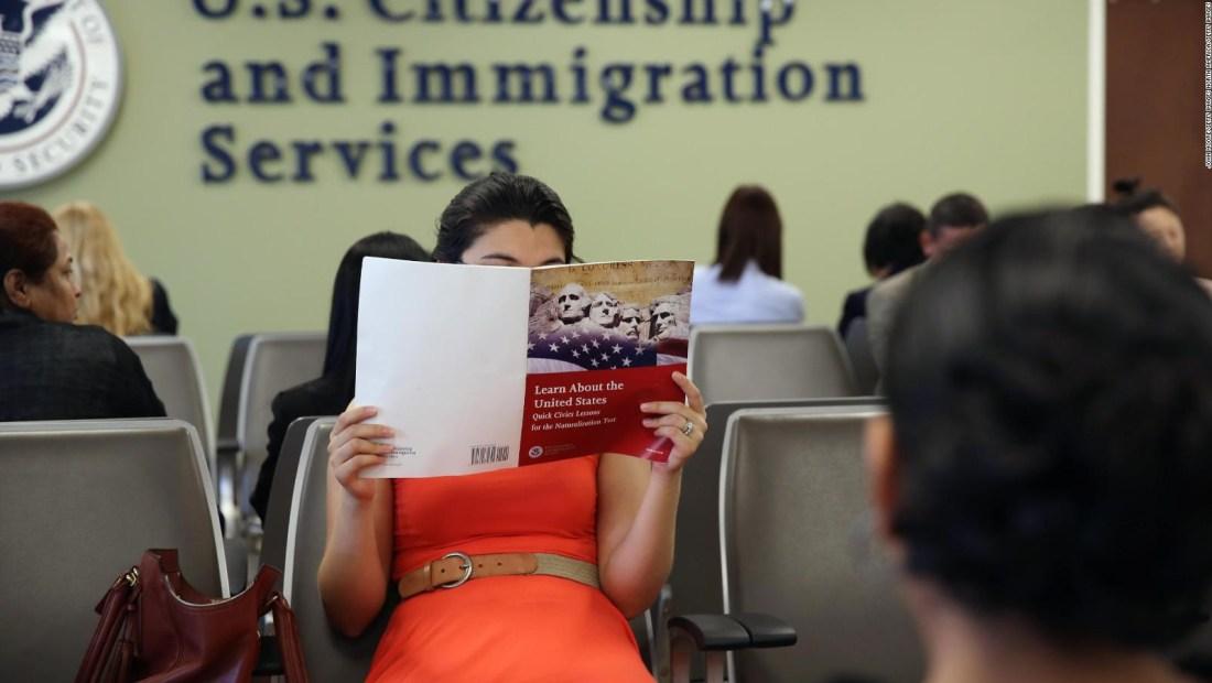 ¿Aprobarías la nueva prueba de ciudadanía de EE.UU.?