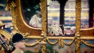 La coronación de Isabel II, el inicio de un reinado polémico