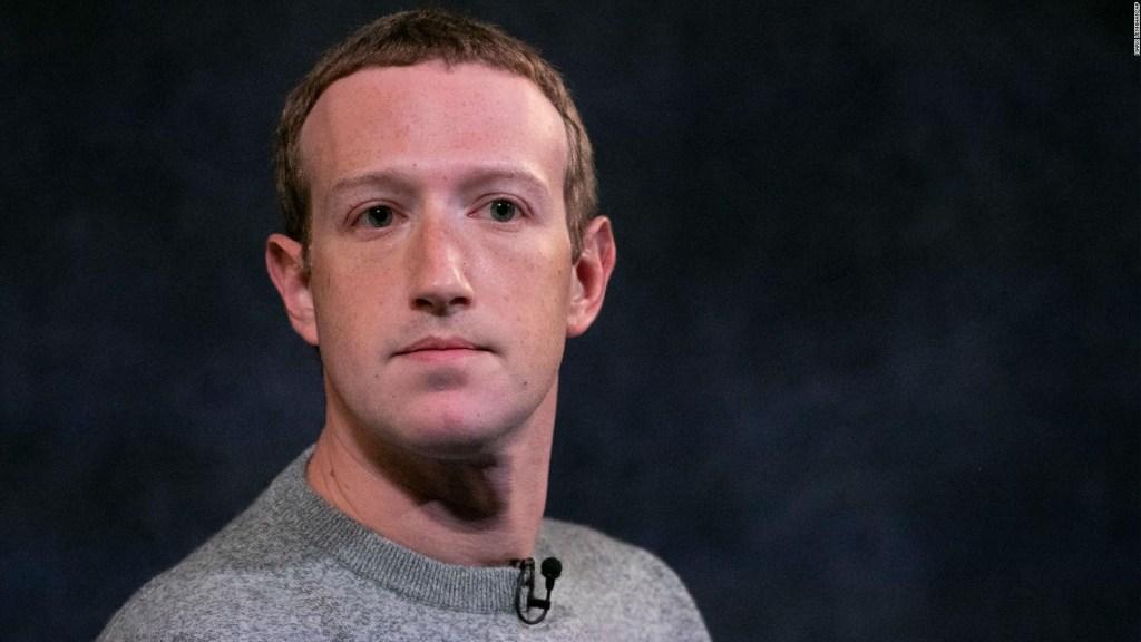 Facebook vincula troles con el Ejército de Francia
