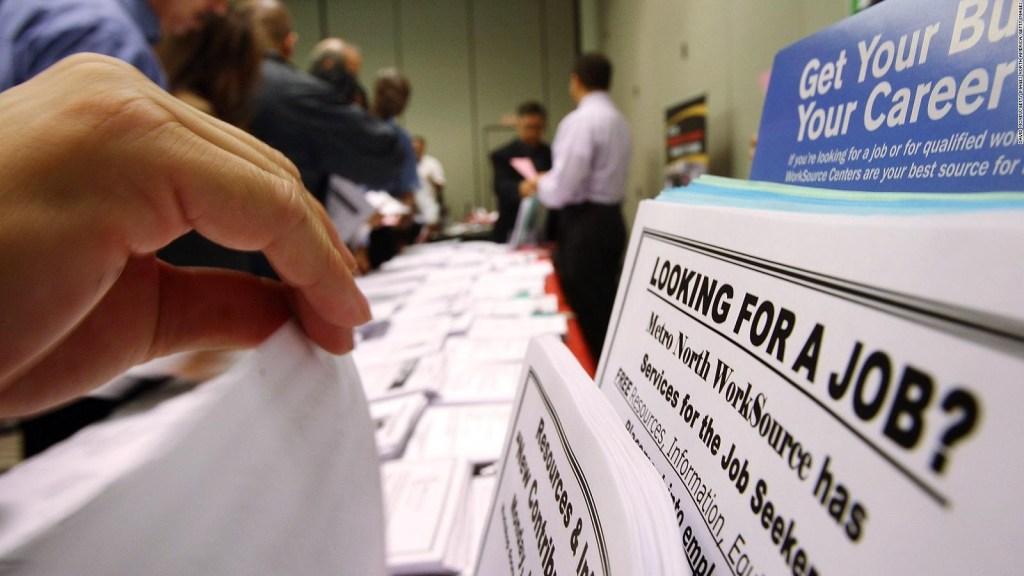 Repuntan peticiones de ayuda por desempleo en EE.UU.